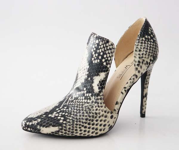 Black Snake Heel
